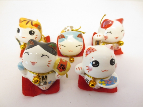 Chinese cats set of 5