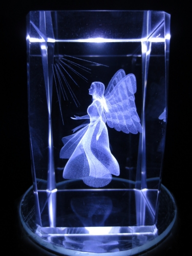 3D praying angel